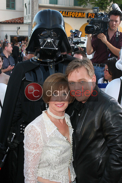 Mark Hamill and wife<br />