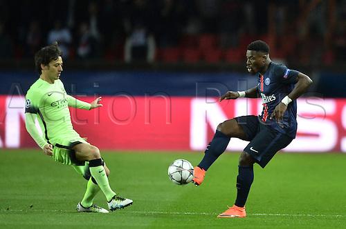 06.04.2016. Paris, France. UEFA CHampions League, quarter-final. Paris St Germain versus Manchester City.  SERGE AURIER (psg) challenges David Silva (mc)