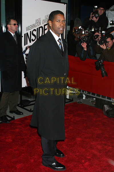 "DENZEL WASHINGTON.Premiere Of ""Inside Man"" at the Ziegfeld Theater, New York City, New York, USA..March 20th, 2006.Ref: IW.full length black coat .www.capitalpictures.com.sales@capitalpictures.com.©Capital Pictures"