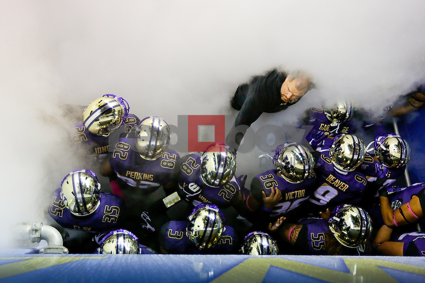 The University of Washington football team plays Arizona State October 25, 2014 (Photography by Scott Eklund/Red Box Pictures)