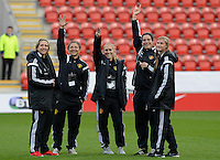 20160408 - ROTHERHAM , ENGLAND : Belgian players Maud Coutereels (left) , Sara Yuceil , Janice Cayman , Cecile De Gernier and Julie Biesmans (right) pictured prior the female soccer game between England and The Belgian Red Flames - Belgium , the fourth game in the qualification for the European Championship in The Netherlands 2017  , Friday 8 th April 2016 at AESSEAL New York Stadium in Rotherham , England . PHOTO DAVID CATRY