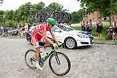 5 etape af Postnord Danmark Rundt <br /> Magnus Cord punkterer p&aring; dagens rute og m&aring; ha skiftet baghjul