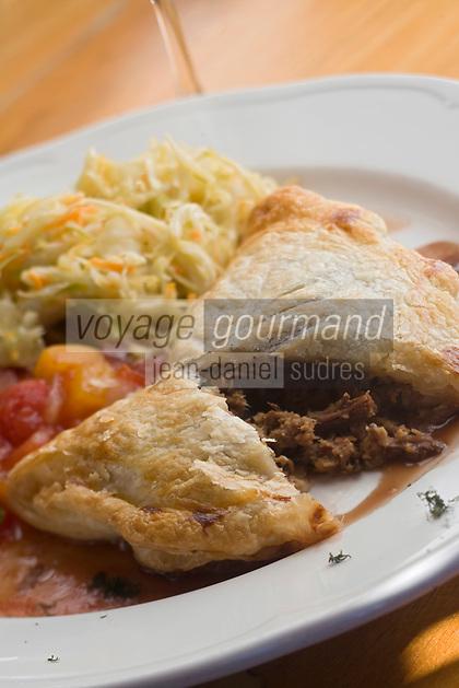 Amérique/Amérique du Nord/Canada/Québec//Mauricie/Saint-Alexis-des-Monts:  Tourte de Gibier recette de Hôtel Sacacomie au bord du lac  Sacacomie