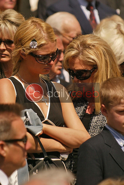 Paris Hilton and mother Kathy Hilton