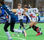 AMSTELVEEN - Leiah Brigitha (A'dam)    tijdens de hoofdklasse competitiewedstrijd dames, Pinoke-Amsterdam (3-4). COPYRIGHT KOEN SUYK