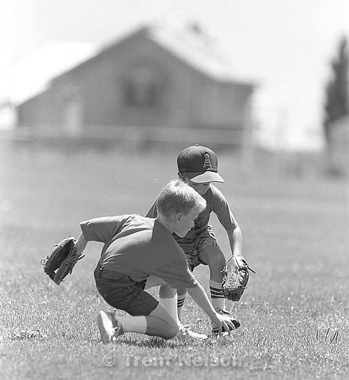 Kids playing t-ball.<br />