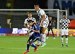 El Millonarios se acerca al grupo de 8 clasificados al vencer este domingo por la noche 3-1 al Chicó, en juego disputado en el estadio Nemesio Camacho 'El Campín' de Bogotá y que cerró la jornada 12 del Torneo Apertura Colombiano 2015.