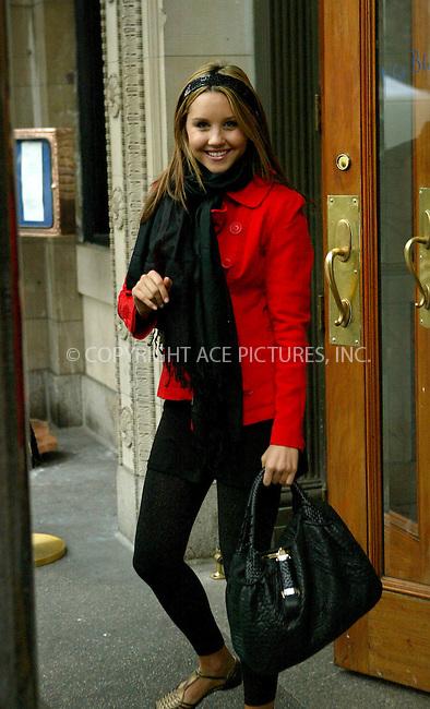 WWW.ACEPIXS.COM . . . . .  ....NEW YORK, FEBRUARY 22, 2006....Amanda Bynes seen at Union Square.....Please byline: JENNIFER L GONZELES-ACEPIXS.COM.... *** ***..Ace Pictures, Inc:  ..Philip Vaughan (212) 243-8787 or (646) 769 0430..e-mail: info@acepixs.com..web: http://www.acepixs.com