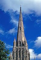 Bristol: St. Mary Redcliffe, spire. Photo '90.