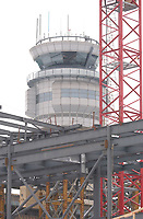 The new international jetty construction site at Montréal-<br />