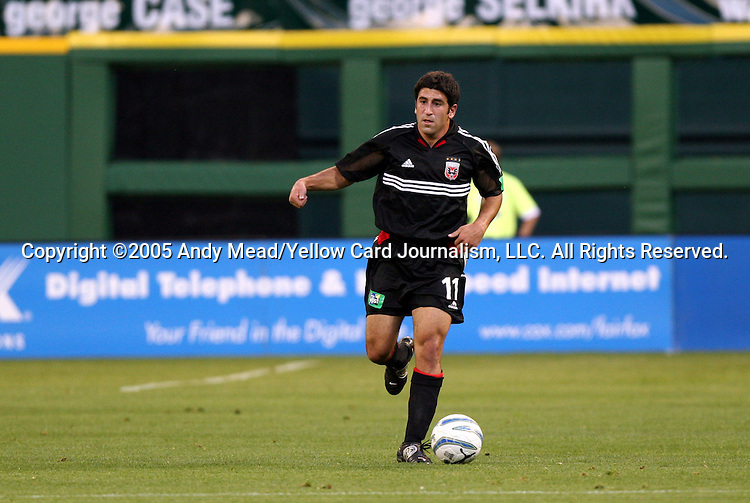 21 May 2005: Alecko Eskandarian. DC United defeated the Kansas City Wizards 3-2 at RFK Stadium in Washington, DC in a regular season Major League Soccer game. . .