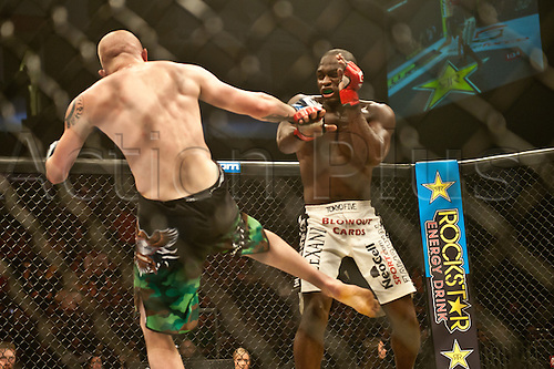 24.06.2011, Washinton, USA.  Jeremy Hamilton lands a shot to the jaw of Derek Brunson during the STRIKEFORCE Challengers at the ShoWare Center in Kent, Washington. Brunson won by unanimous decision.
