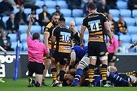 Francois Louw of Bath Rugby scores a second half try. Heineken Champions Cup match, between Wasps and Bath Rugby on October 20, 2018 at the Ricoh Arena in Coventry, England. Photo by: Patrick Khachfe / Onside Images