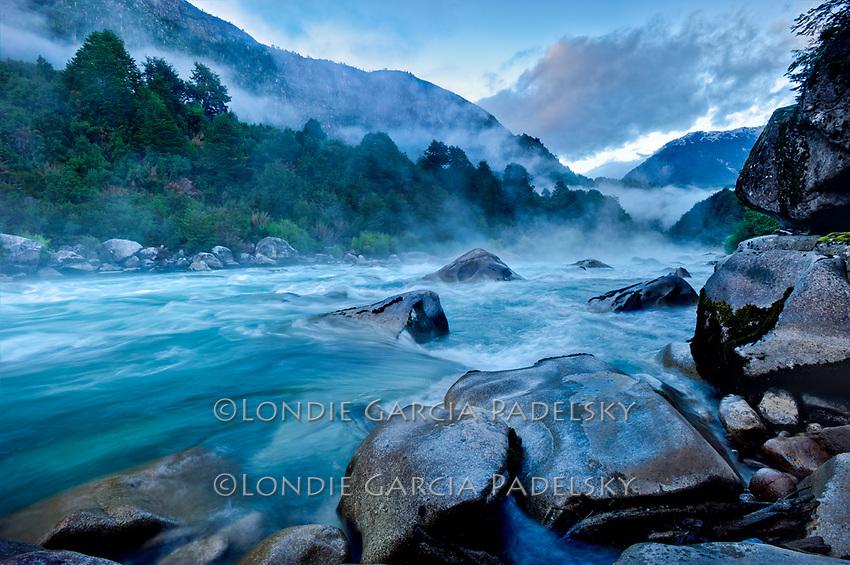 Morning fog, Terminator Rapid at Terminator Camp, Futalefu River, Los Lagos Region, Patagonia, Chile, South America