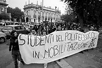 milano, manifestazione degli studenti del politecnico leonardo contro la riforma dell'istruzione --- milan, demonstration of the students of leonardo Polytechnic University against the school reform