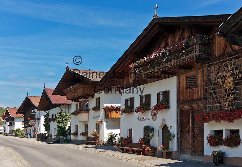 Austria, Tyrol, Innsbruck Holiday Village: Mutters - village centre   Oesterreich, Tirol, Innsbrucks Feriendorf: Mutters am Eingang des Stubaitals - Ortszentrum