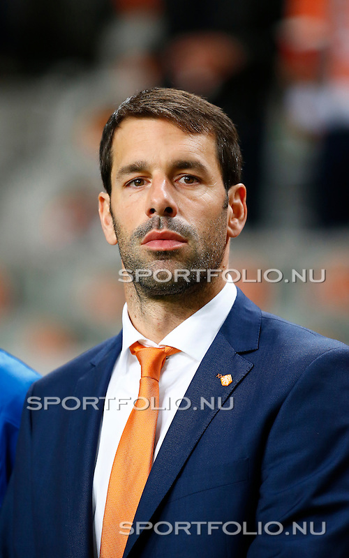 Nederland, Amsterdam, 10 oktober 2014<br /> Seizoen 2014-2015<br /> EK Kwalificatiewedstrijd <br /> Nederland-Kazachstan <br /> Ruud van Nistelrooy, assistent-trainer van het Nederlands Elftal.