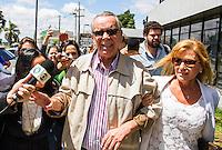 CURITIBA, PR, 24.11.2014 - LAVA-JATO / POLICIA FEDERAL/ CURITIBA - Executivo Adarico Negromonte Filho chega na manhã desta segunda-feira (24),na sede da Policia Federal em Curitiba, para se entregar. Ele era o último foragido da Polícia Federal(PF) na sétima fase da operação Lava Jato. Negromonte Filho é irmão do ex-ministro das Cidades Mário Negromonte (PP-BA) (Foto: Paulo