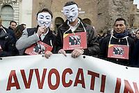 Roma, 20 Febbraio 2014<br /> Sciopero e manifestazione degli avvocati contro il deterioramento del sistema giudiziario in Italia.<br /> Liberate la giustizia.<br /> Avvocati con la maschera di anonymous
