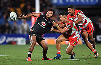 Peta Hiku offloads.<br /> NRL Premiership rugby league. Vodafone Warriors v St George Illawarra. Mt Smart Stadium, Auckland, New Zealand. Friday 20 April 2018. &copy; Copyright photo: Andrew Cornaga / www.Photosport.nz
