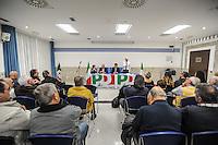 Referendum costituzionale del 4 dicembre 2016, il Senatore Roberto Giuseppe Guido Cociancich (PD) spiega e illustra la nuova riforma costituzionale ai cittadini. Silvi (TE), 27 ottobre 2016. Fto di Adamo Di Loreto/BuenaVista*photo