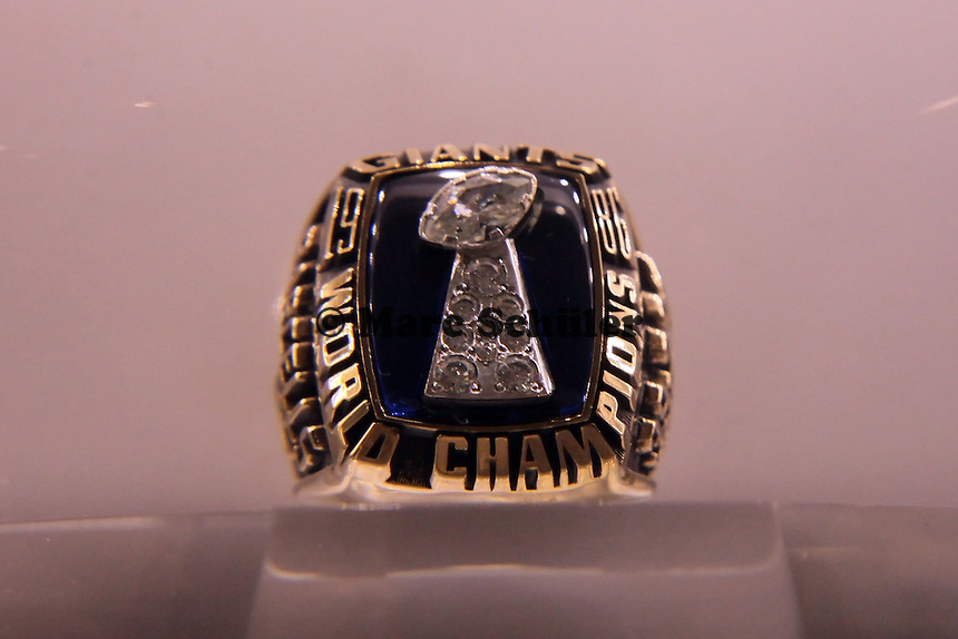 Super Bowl Ringe der einzelnen Siegerteams: XXI New York Giants 1986