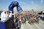 The start of Stage 1 The Nakheel Stage of the Dubai Tour 2018 the Dubai Tour&rsquo;s 5th edition, running 167km from Skydive Dubai to Palm Jumeirah, Dubai, United Arab Emirates. 5th February 2018.<br /> Picture: LaPresse/Massimo Paolone | Cyclefile<br /> <br /> <br /> All photos usage must carry mandatory copyright credit (&copy; Cyclefile | LaPresse/Massimo Paolone)