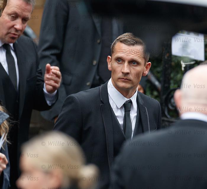 25.09.2018 Funeral service for Fernando Ricksen: Peter lovenkrands