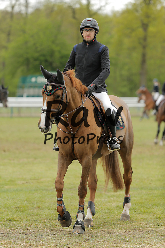 196253 P. Katchers / Starface 2015-04-25 Oise<br /> Chantilly France<br />  Jumping de Chantilly 2015.<br /> <br /> <br /> <br /> <br />  Canet, Guillaume Carlota Casiraghi y Guillaume Canet han participado en el concurso de saltos de Chantilly.<br /> <br /> 196253 P. Katchers / Starface 2015-04-25 Oise<br /> Chantilly France<br />  Jumping de Chantilly 2015.