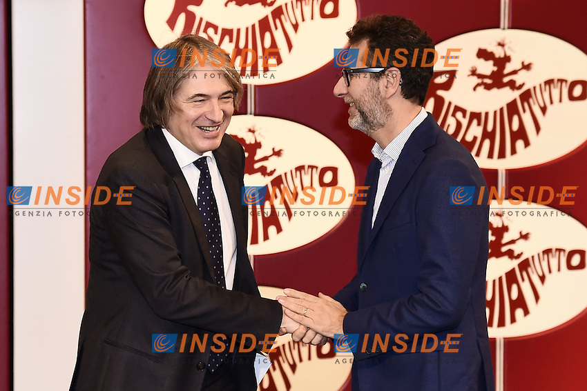 Milano 24/10/2016 - photocall trasmissione Tv ' Rischiatutto' / foto Daniele Buffa/Image/Insidefoto  <br /> nella foto: Antonio Campo Dall'Orto-Fabio Fazio