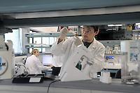 - Plantechno company at the cutting edge of scientific research on biotechnology applied to plants; research laboratory<br /> <br /> - Plantechno, azienda all'avanguardia nel settore della ricerca scientifica sulle biotecnologie applicate alle piante;  laboratorio di ricerca