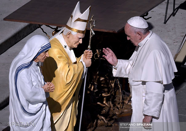 Pope Francis Blesses the statue of Saint Mother Teresa of Calcutta and St. Pope John Paul II.During of a weekly Jubilee Audience at St Peter's square in Vatican. November 12, 2016