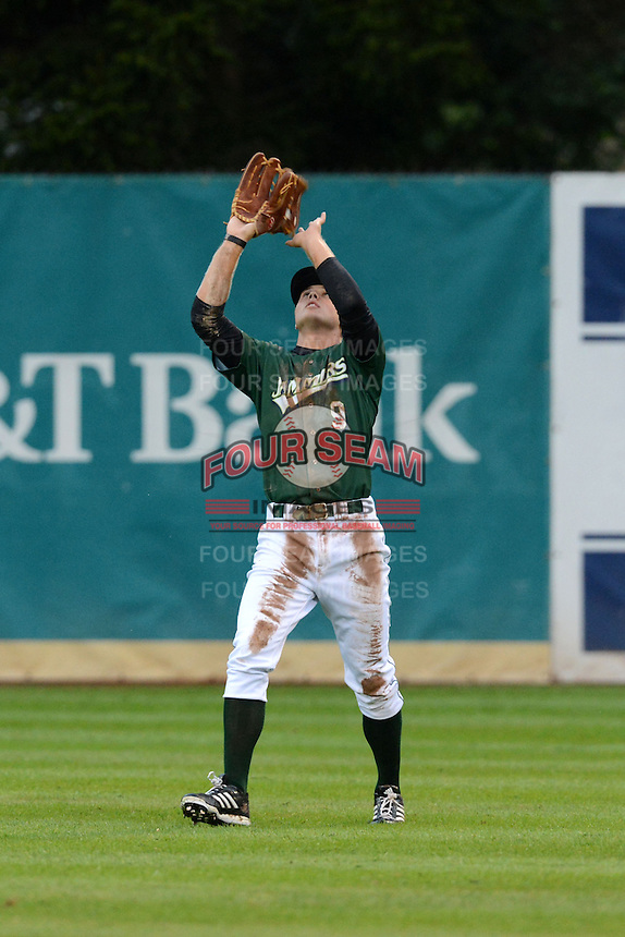 Jamestown Jammers outfielder Austin Meadows (9) catches a fly ball during a game against the State College Spikes on September 3, 2013 at Russell Diethrick Park in Jamestown, New York.  State College defeated Jamestown 3-1.  (Mike Janes/Four Seam Images)