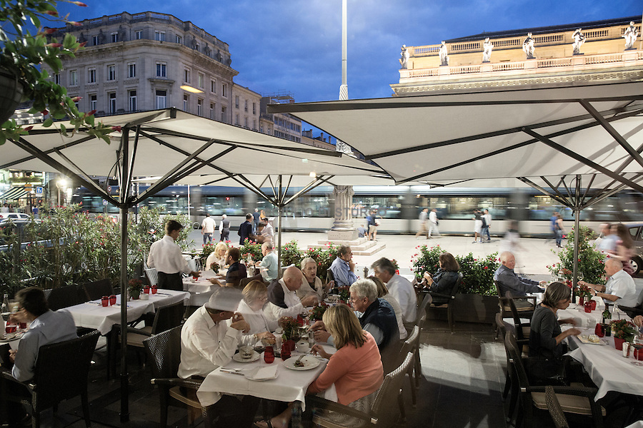 "The terrace of the restaurant "" Le Bordeaux "" by Gordon Ramsay"