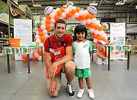 Justin Tipuric with Mohammed Karam, 5