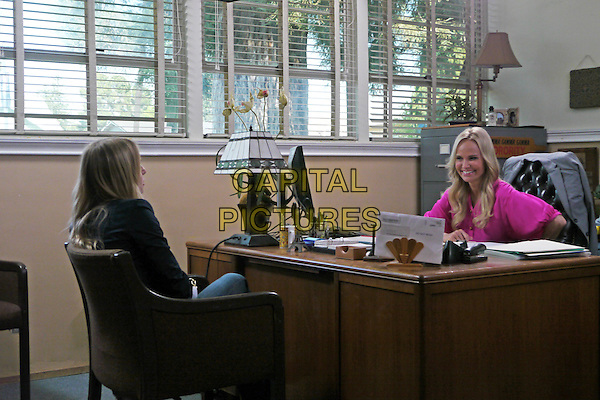 KRISTEN BELL & KRISTIN CHENOWETH.in Hit & Run.*Filmstill - Editorial Use Only*.CAP/NFS.Supplied by Capital Pictures.