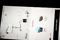 SÃO PAULO, SP, 04.04.2017 - APLICATIVOS-TRANSPORTE-  O plenário da Câmara dos Deputados aprovou nesta terça feira 04.04, o Projeto de Lei 5587/16, que trata da regulamentação de serviços de transporte remunerado individual por meio de aplicativos, como o Uber e o Cabify. (Foto: Nelson Gariba/Brazil Photo Press)