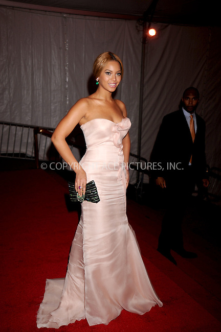 WWW.ACEPIXS.COM . . . . .....May 5, 2008. New York City.....Singer Beyonce Knowles leaves the 'Superheroes: Fashion and Fantasy' Costume Institute Gala at The Metropolitan Museum of Art...  ....Please byline: Kristin Callahan - ACEPIXS.COM..... *** ***..Ace Pictures, Inc:  ..Philip Vaughan (646) 769 0430..e-mail: info@acepixs.com..web: http://www.acepixs.com