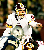 Landover, MD - December 18, 2005 -- Washington Redskin quarterback Mark Brunell (8) directs the offense during the game against the Dallas Cowboys at FedEx Field on December 18, 2005.  The Redskins won the game 35 - 7..Credit: Ron Sachs / CNP
