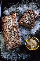 Europe/France/Languedoc-Roussillon/66/Pyrénées-Orientales/Palau-de-Cerdagne: Couque de la Bisbal à la confiture de pastèque aux cheveux d'ange et aux pignons