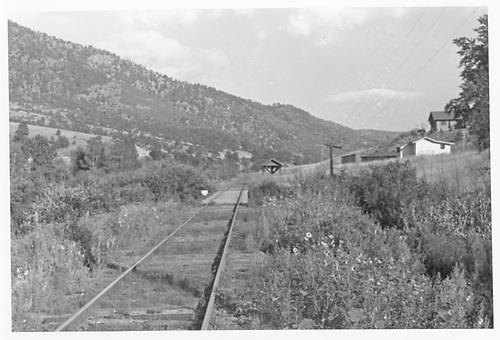 Distant view of the passenger shelter at Chipita Park.  Note:  The original name was Ute Park.<br /> Midland Terminal  Chipita Park, CO