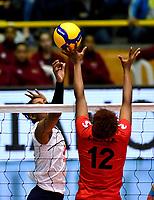 BOGOTÁ-COLOMBIA, 08-01-2020: Dayana Segovia de Colombia, juega el balón a Ángela Leyva de Perú, durante partido entre Perú y Colombia en el Preolímpico Suramericano de Voleibol, clasificatorio a los Juegos Olímpicos Tokio 2020, jugado en el Coliseo del Salitre en la ciudad de Bogotá del 7 al 9 de enero de 2020. / Dayana Segovia from Colombia, plays the ball, to Angela Leyva from Peru, during a match between Peru and Colombia, in the South American Volleyball Pre-Olympic Championship, qualifier for the Tokyo 2020 Olympic Games, played in the Colosseum El Salitre in Bogota city, from January 7 to 9, 2020. Photo: VizzorImage / Luis Ramírez / Staff.