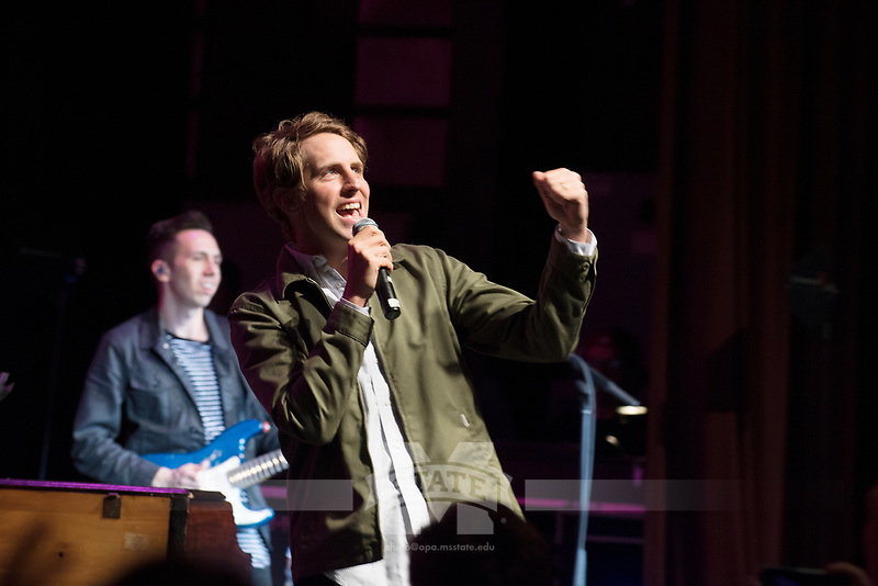 Nashville, Tennessee-based singer-songwriter Ben Rector performs Wednesday night [April 5] at Lee Hall's Bettersworth Auditorium. The concert was sponsored by Music Maker Productions. <br />