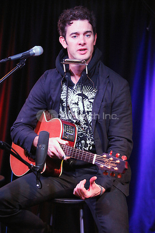 G Love visits Radio 104.5's performance Theater in Bala Cynwyd, Pa on October 29, 2011  © Star Shooter / MediaPunchInc