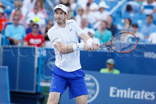 21.08.2016. Mason, Ohio, USA.  Andy Murray (GBR) returns a shot during the Men's Final at The Western & Southern Open in Mason, OH. Marin Cilic (CRO) defeated Andy Murray 6-4, 7-5.