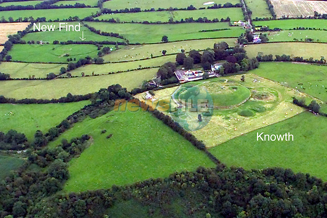 Knowth in the foreground with the new find in the Background showing a ring on the ground...Picture Fran Caffrey Newsfile...This Picture is sent to you by:..Newsfile Ltd.The View, Millmount Abbey, Drogheda, Co Louth, Ireland..Tel: +353419871240.Fax: +353419871260.GSM: +353862500958.ISDN: +353419871010.email: pictures@newsfile.ie.www.newsfile.ie