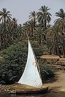 Afrique/Egypte/Env d'Assouan: Felouque sur les bords du Nil