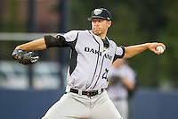 Oakland Golden Grizzlies pitcher Collin Gee (29) delivers a pitch to the plate against the Michigan Wolverines on May 17, 2016 at Ray Fisher Stadium in Ann Arbor, Michigan. Oakland defeated Michigan 6-5 in 10 innings. (Andrew Woolley/Four Seam Images)