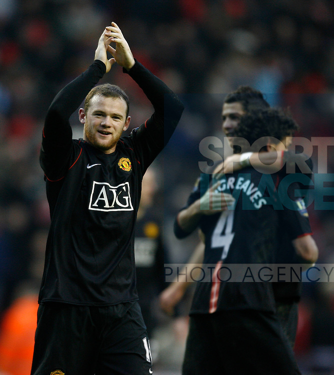 Manchester United's Wayne Rooney celebrates the win