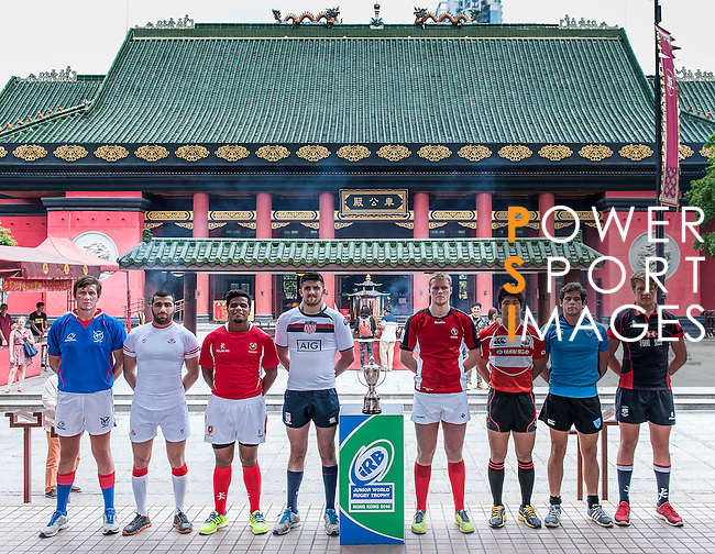 Players pose for official photocall during Captain's Photo Call at Che Kung Temple on April 04, 2014 in Hong Kong, China. Photo by Xaume Olleros / Power Sport Images